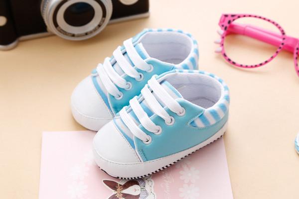 6cac2731875 Sevimli yürümeye başlayan kaymaz sneaker PU ayakkabı prewalker yenidoğan  bebek kız erkek yumuşak taban ayakkabı rahat su geçirmez ayakkabı