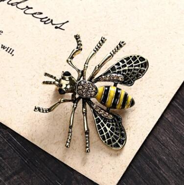 Cristallo spilla abbigliamento retrò carino api perla ago spilla gemma in lega di moda di qualità dei monili delle signore regalo colore N-2