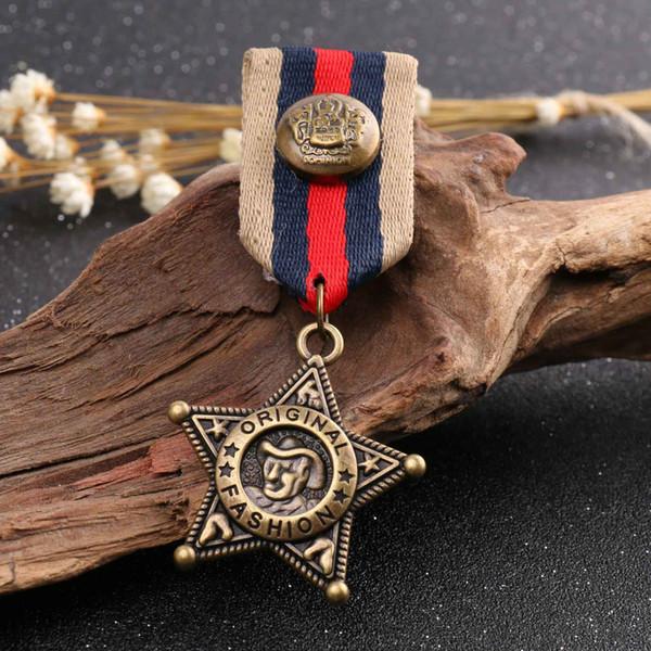Clássico estilo declarado estrela medalha broches pinos para estudante terno roupas mochila chapéu bonito borach mulheres moda bronze breaststpin