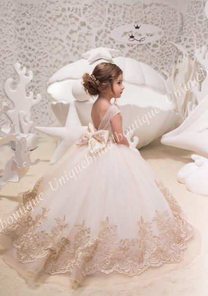 Princess Ivory/Gold Flower Girls Dresses 2019 Big Bow Back Miniature Bridal Dress for Little Girls Mother Daughter Gowns Kids Formal Wear