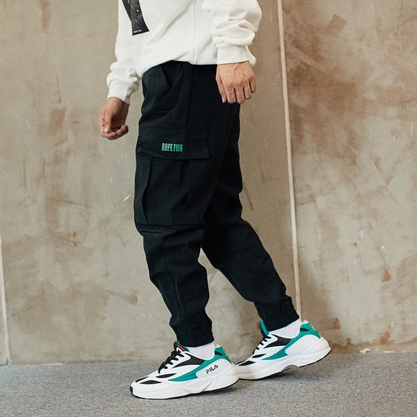 High Street Fashion Casual Uomo Jeans di alta qualità nero allentato Fit Big Pocket Cargo pantaloni stile giapponese Hip Hop Jogger Pants Men