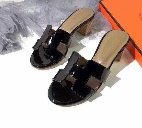 Marke klassische Frauen Kuh Leder casual high heel Hausschuhe, Sommer kühle Lackleder Strand Mokassins Schuh Mitte klobige Ferse Sandalen, 35-40
