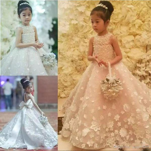 Princesa Flor Meninas Vestidos de Jóias Pescoço 3D Apliques Pérolas Crianças Casamentos Pageant Vestido de Varredura com Arco Tulle Primeira Comunhão Vestidos