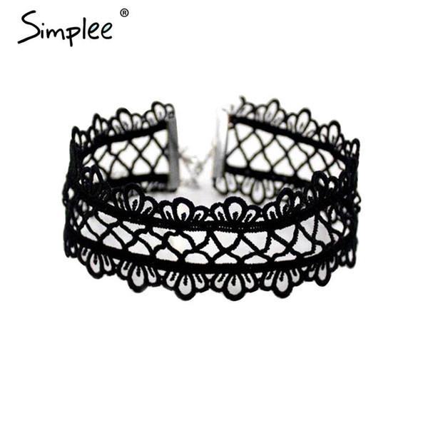 Atacado-Simplee oco out rendas gargantilha preta mulheres acessórios de vestuário curto do punk colar de corrente do vintage flor colar de jóias finas