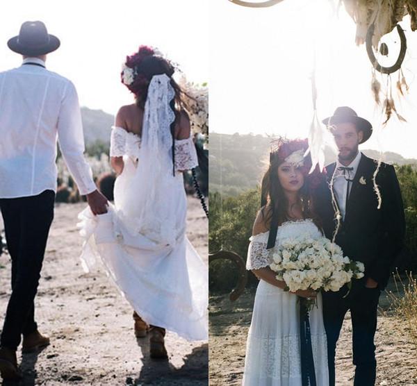 Vintage Lace Beach Wedding Dresses Off the Shoulder Short Sleeves Floral Bohemian Reception Dress for Bridal Garden Wedding Bridal Gowns