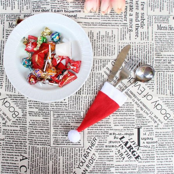Christmas Decorative tableware Knife Fork Set Christmas Hat Storage Tool Stylish Decor Wholesale Price A80