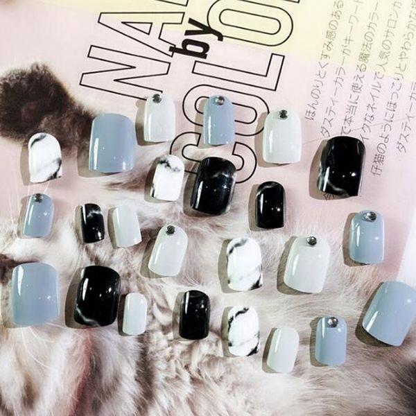 Compre 2018 Caliente 24 Unids Set Cubierta Completa Falso Nail Art Tips Herramientas Uñas Cortas Diy Manicura Uñas Falsas Uñas Falsas Con Pegamento