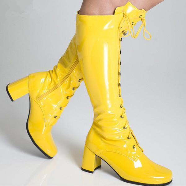 Brillante amarillo
