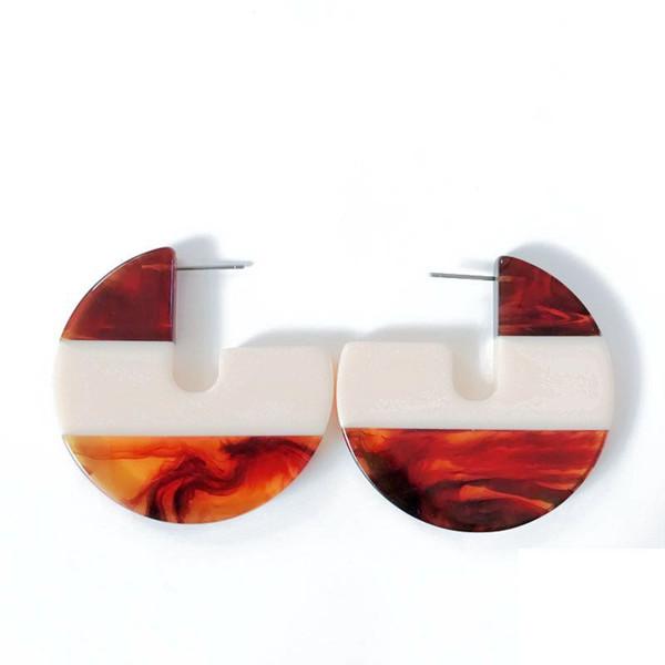 Freies Verschiffen-Großverkauf-Brown-Elfenbein mischte Harz-geometrischen hübschen Mädchen-Bolzen-Ohrring, neuer Entwurfs-netter Ohrring für Frauen