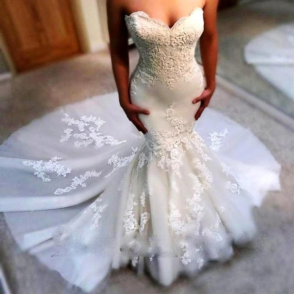 Elegant Mermaid Wedding Dresses Sweetheart Neckline Sweep Train Lace Appliqued Garden Country Wedding Dress Bridal Gown BA9780