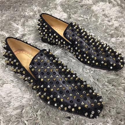 Marca Mocasines con fondo rojo Fiesta de lujo Zapatos de boda Diseñador PENDA NEGRA DE PATENTES Ante de ante Tachas Vestido con tachuelas zapatos casuales para hombre