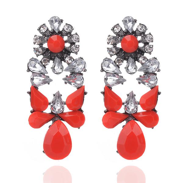 Brincos estilo barroco retro feitos com cristal Swarovski jóias finas  Embutidos Áustria resina de e76e1d4bc1