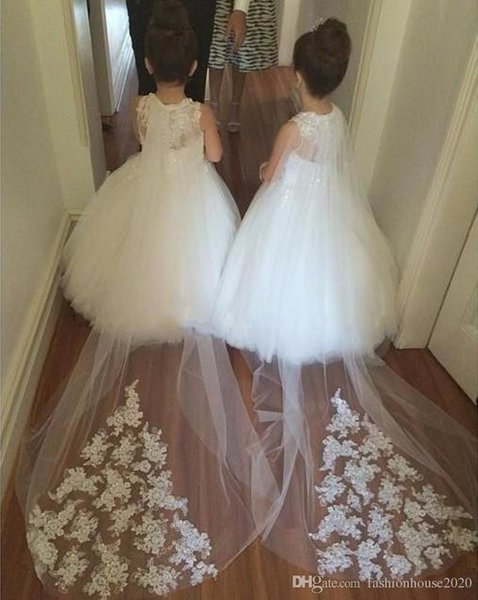 Flower Girls Dresses For Weddings Illusion Sleeveless White Jewel Neck Lace Sweep Train Party Birthday Girls Pageant Gowns