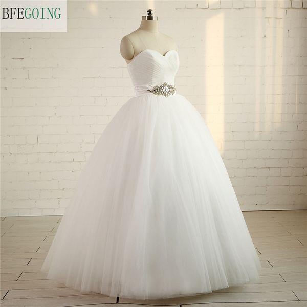 Simples Querida vestido de Baile Real Fotos Vestido De Noiva Tule Plissado Caixilhos Com Vestidos De Noiva de Cristal Até O Chão Vestido De Noiva
