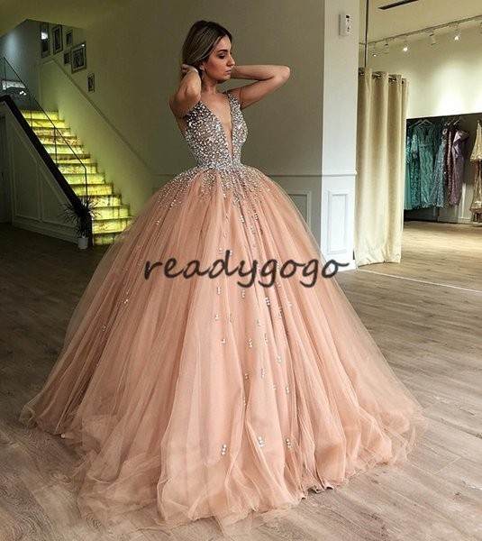 Peach Pink Ball Gown Prom Dresses 2018 Luxury Crystal Puffy Skirt Full Length Spaghetti Backless Princess Occasion Evening Formal Dress