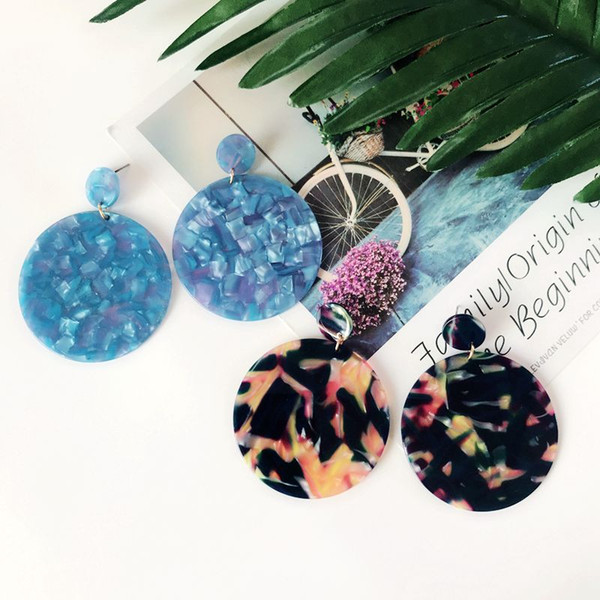 top popular Free Shipping New Bohemia Styles Exaggerated Round Resin Blue Mixed Color Pretty Earring, Geometric Fashion Trendy Earring 2019