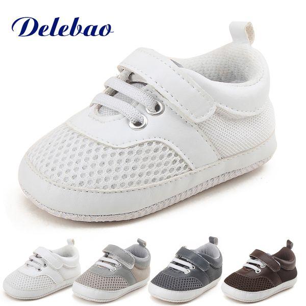 Delebao Air Mesh morbido Baby Shoes Super economico prezzo stile sportivo primi camminatori gratis Invia un paio di calzini