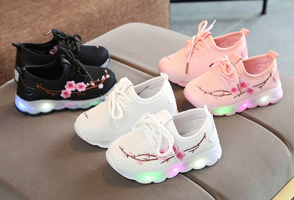New Size Kids Luminous Sneakers for Girls Boys Women Shoes with Light Led Shoes with Flower Glowing Breathable mesh Sneakers