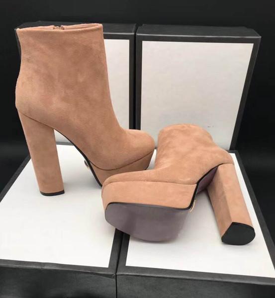 Loja de lírio tornozelo botas mulheres de couro genuíno contas de rebite de borracha cadeias único liso planície sofe sapatos