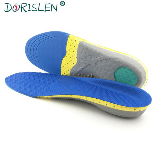 Semelles orthopédiques de sport pour des supports de voûte plantaire de pied plat