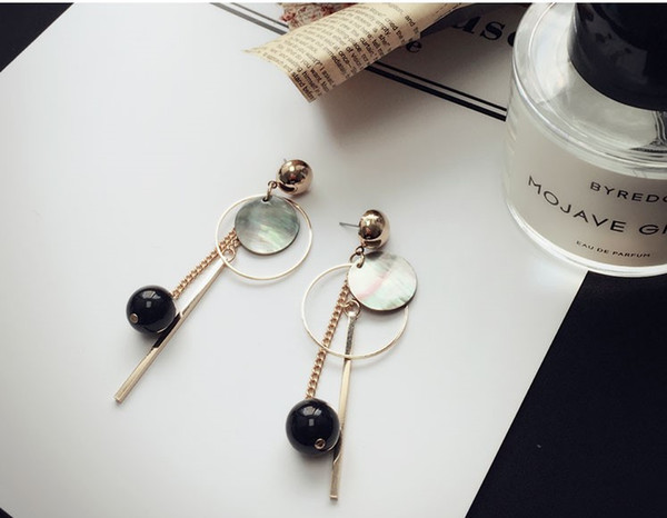 Style Earrings with Black Pearl Earrings with Multiple Elements, Long Style Earrings with Korean Temperament and Elegant Women Simple E