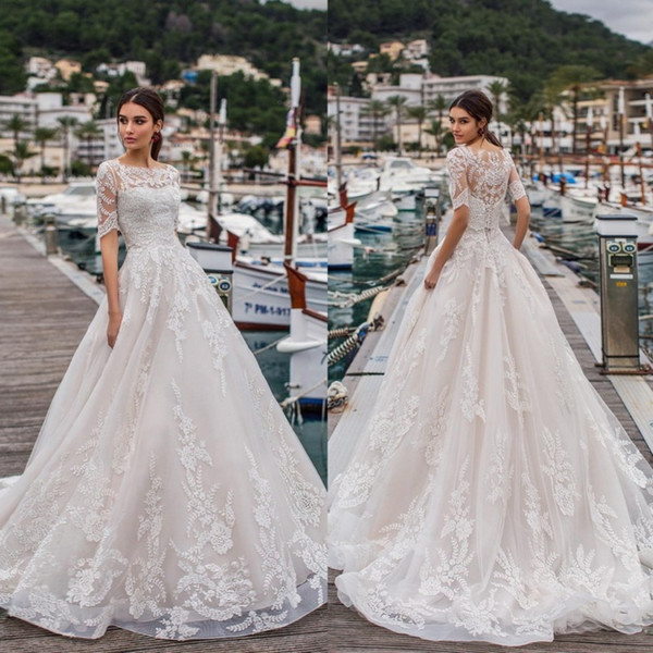 Naviblue 2019 Wedding Dresses Bateau Neck Half Sleeve Lace Bridal Gowns robe de mariée Saudi Custom Beach Wedding Dress