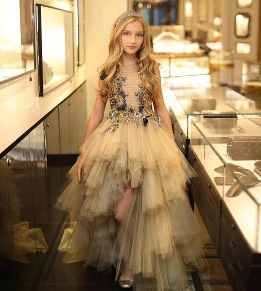 Designer High Low Tiered Flower Girl Dresses For Wedding Bateau Neck Toddler Pageant Gowns Floral Appliqued Tulle Kids Prom Dress