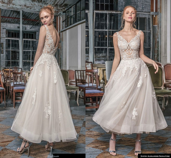 Modest Sleeveless V Neck Short Bridal Gowns Lace Applqiue Tea Length Beach Wedding Dresses Sheer Straps Formal Boho Party Gown