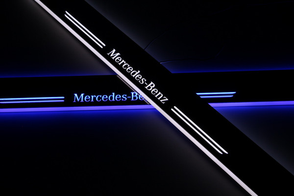 Acrylic Moving LED Welcome Pedal Car Scuff Plate Pedal Door Sill Pathway Light For Mercedes Benz W222 S320 2014 2015