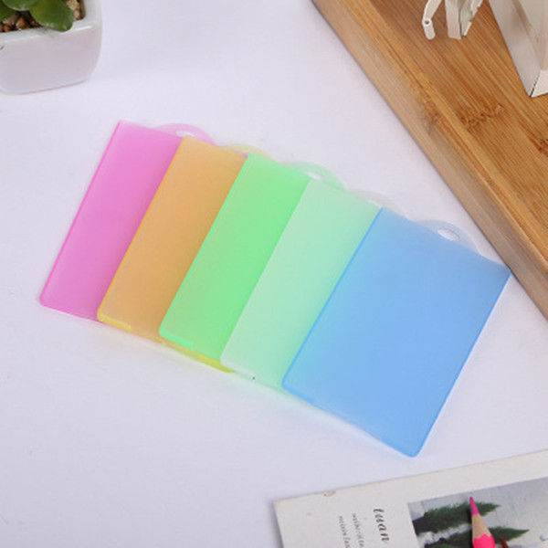 Candy-color viajes esencial de plástico simple multifuncional Grind juegos de tarjetas protector de documentos bolsa titular de la tarjeta ID jc-313