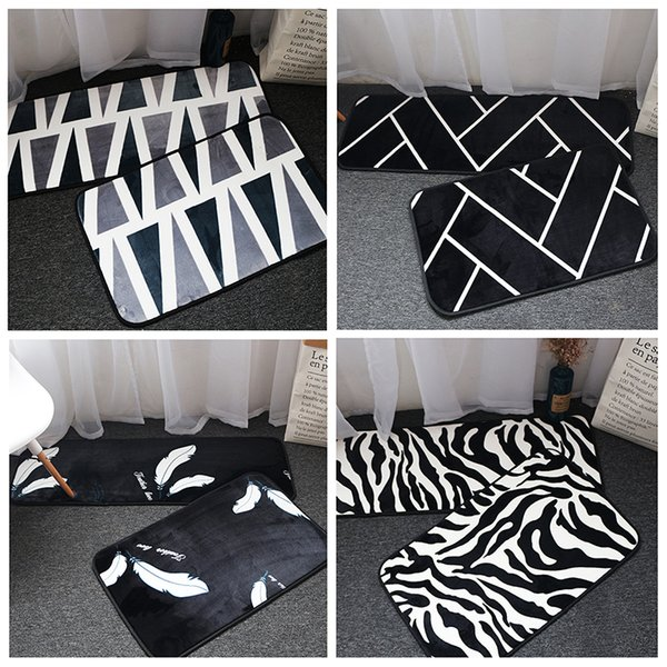 European Style Black White Stripe Area Rugs Bedroom Mat Non Slip Floor Rug Super Soft Decor Antistatic Carpet For Living Room Blanket Monogrammed