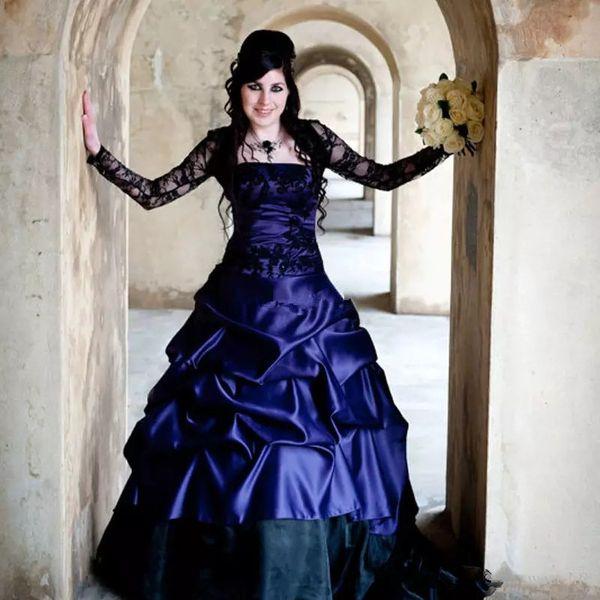 Viktorianische Brautkleider Gothic Plus Size Long Sleeves Lila und Schwarz Rüschen Satin Korsett Trägerlos Plus Size Lace Brautkleider