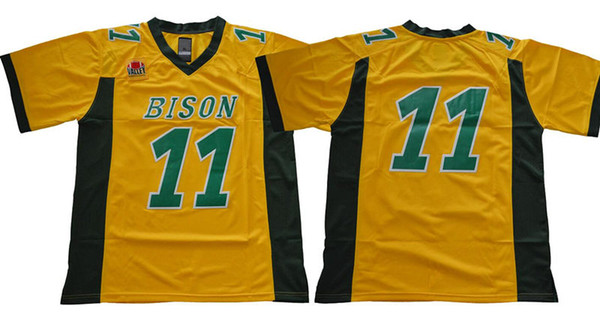 11 Carson WENTZ