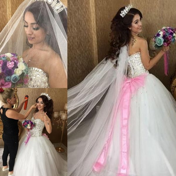2018 New Fashion Temperament wedding dress Charming Luxury pearl and crystal beaded sweetheart drop waist princess Wedding Gowns