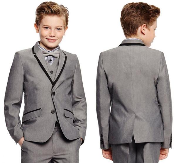 Abbigliamento da uomo grigio chiaro Tacca da bavero Abiti da smoking per bambini Abiti da festa su misura Tute su misura per bambini (giacca + pantaloni + vest + cravatta)