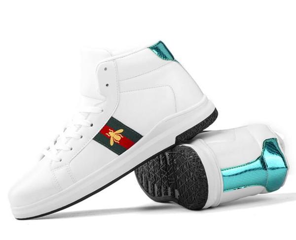 2019 Otoño E Invierno Nuevo estilo Italia diseño de moda Mocasines superiores Hombres Cuero genuino Prom Zapatos pequeños blancos Hombre Pisos Hombres Zapatos GG24