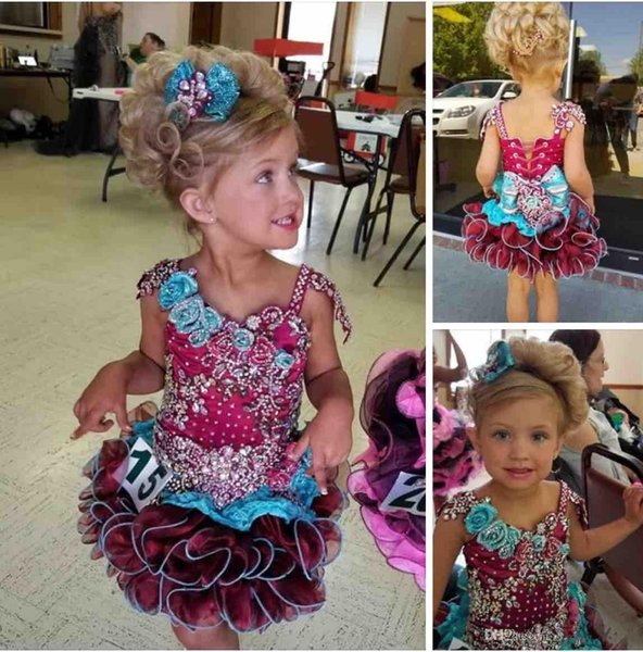 Adorable 2019 Cute Cupcake Cirls Pageant Dresses Sequins Beaded Ruffles Applique Lace Short Christmas Flower Girls Ball Gowns