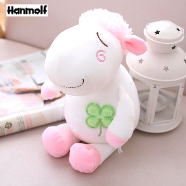Sorte ovelhas com quatro folhas de cravo recheado de brinquedo de pelúcia crianças adultos animais de brinquedo de pelúcia Huggable Comforting Stuffed Doll 24 cm