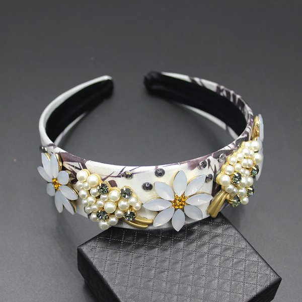 New Europe and the United States wind Baroque fashion hair accessories pearl flower sunflower leaves hair hoop female 137 S919