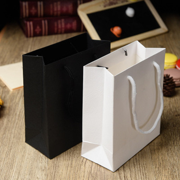 White and Black Gift paper bags with handle garment bags cosmetic clothing packaging paper shopping bag jc-275