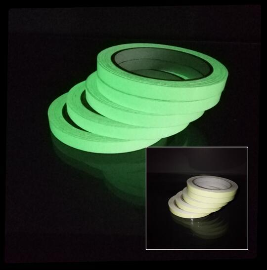 top popular Hot School 15mm x 3M Roll Luminous Tape Self-adhesive Glow In The Dark Safety Stage Home Decorations Warning Tape 2016 2021