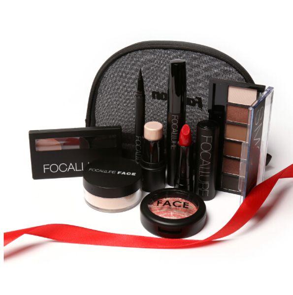 Makup Tool Kit 8 PCS Make up Cosmetics Including Eyeshadow Matte Lipstick With Makeup Bag Makeup Set for Gift