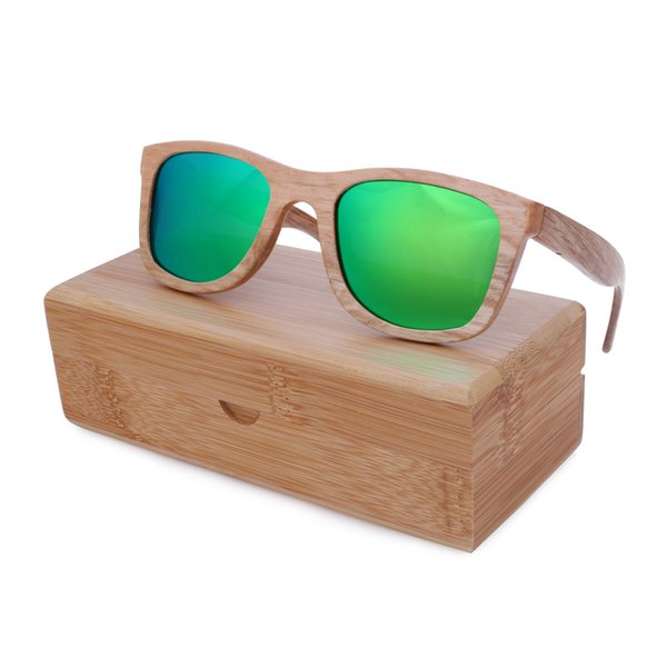 green lens with case 2