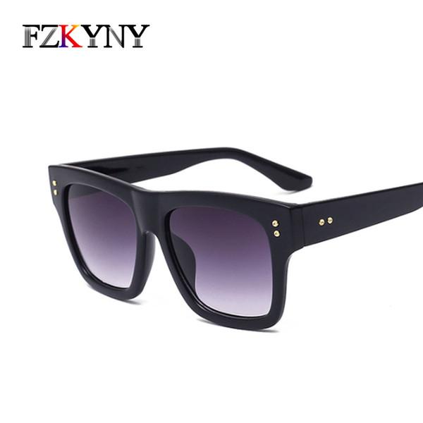 FZKYNY Classic Vintage Square Sunglasses Men Fashion Brand Designer Women Retro Rivet Sunglasses Hot Sale Gradient Lens Eyewear