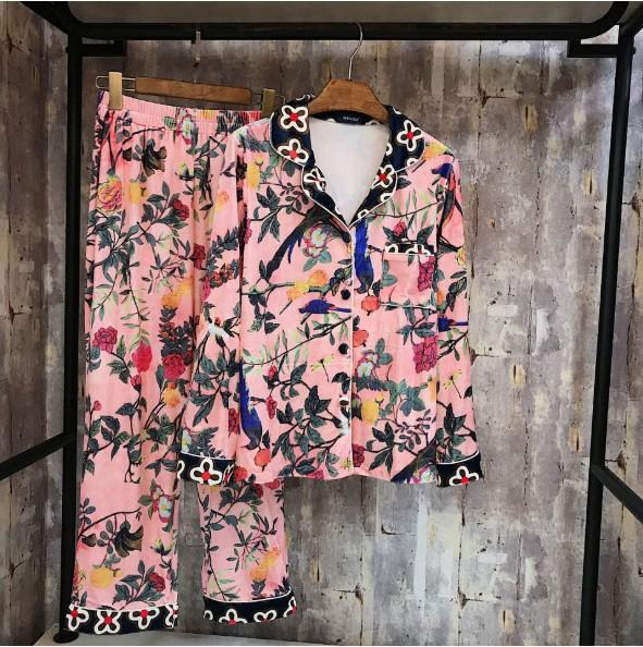 2018 New Autumn and Winter Women's Pink Printed Velvet Pajamas Casual Warm Flannel Night Wear Long Sleeve Ladies' Sleepwear