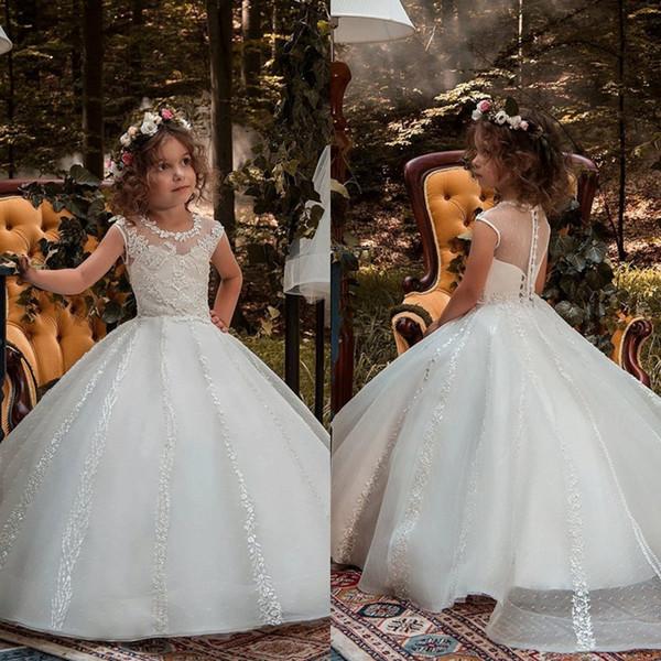 Vintage Beyaz Çiçek Kız Elbise Küçük Çocuklar Için İlk Communion elbise Kısa Kollu Uzun Tren Güzel Küçük Çocuklar Çiçek Kız Elbise