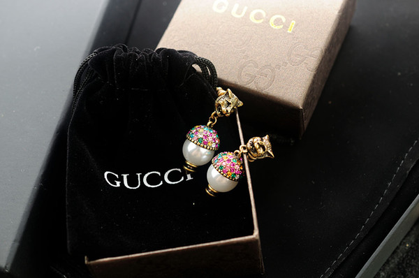 Factory Price High Quality Luxury Letter Pearl diamond Rivet Stud Earrings Fashion metal Letter Flowers leopard earrings With Box