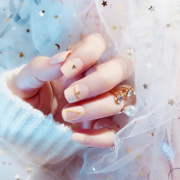 24pcs de colle / ensemble de faux ongles artificiels sur des ongles Rivets conçoit une couverture complète faux avec 2g