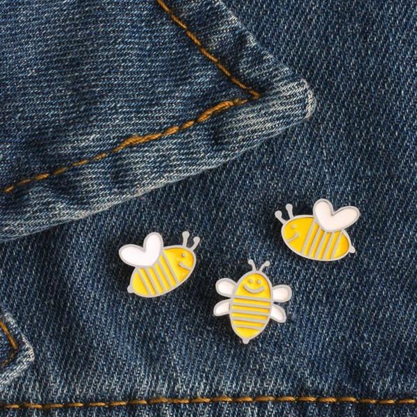 Cartoon Mini Bee Brosche Niedlichen Tier Emaille Pin Kinder Rucksack Metall Abzeichen Jacken Revers Pins Frauen Männer Schmuck Geschenke