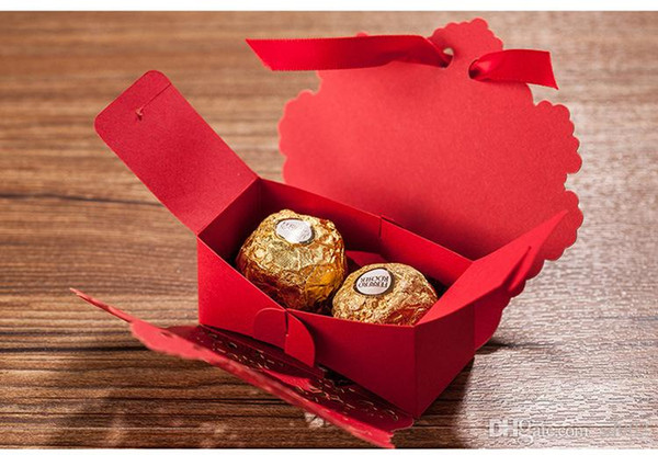 High End Candy Boxes With Ribbon Hollowed Out Design Case Practical Light Paper Gift Box Easy Carry 0 5ok cc